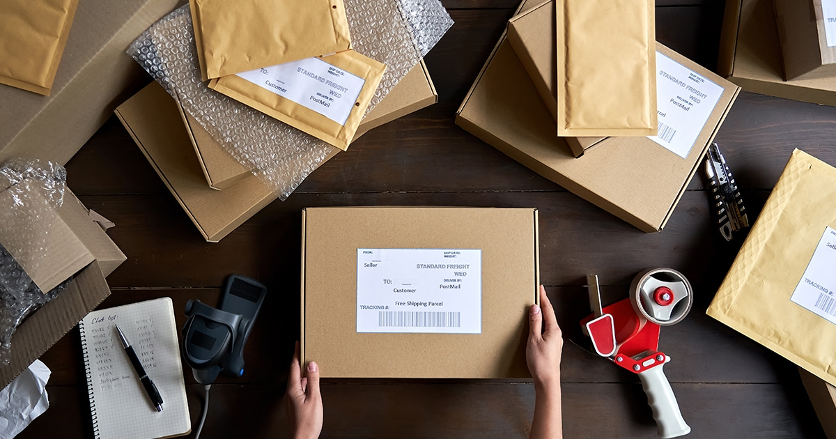 Minimize Shipping Costs And Package Delays With FedEx And UPS Service Guarantees